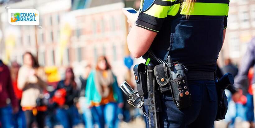 Qual faculdade fazer para ser policial?